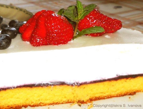 Bavarese allo yogurt e fragole